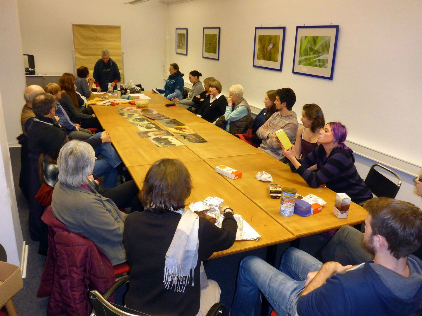 Das Foto zeigt ein AG Treffen der AG Fledermäuse BUND Region Hannover // the Photo shows a meeting of the Bat Conservation Team